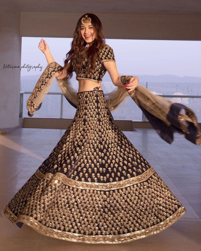 10 best and trendy Jannat Zubair Hairstyles 4