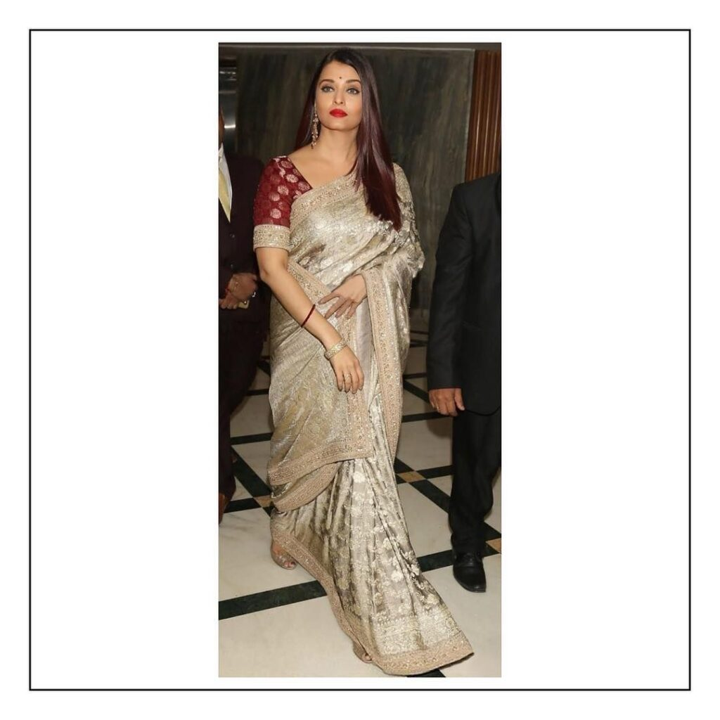 Aishwarya Rai Bachchan in Sandeep Khosla Or Sabyasachi Saree: Which Outfit Rules The Style Quotient? 2