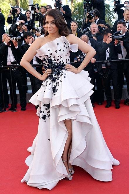 Aishwarya Rai Bachchan's Off-the-Shoulder Dress is truly high fashion 4