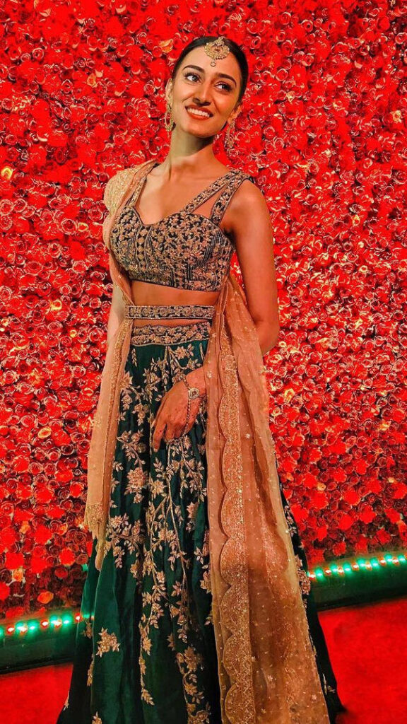Erica Fernandes' Lehenga collection is perfect for wedding 6