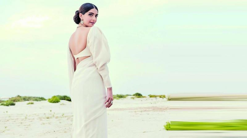 Fashion Icon Sonam Kapoor unveils the Jannah Collection, See Pics 6