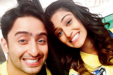 Here's Proof, Erica Fernandes has a special bond with all her co-stars 4