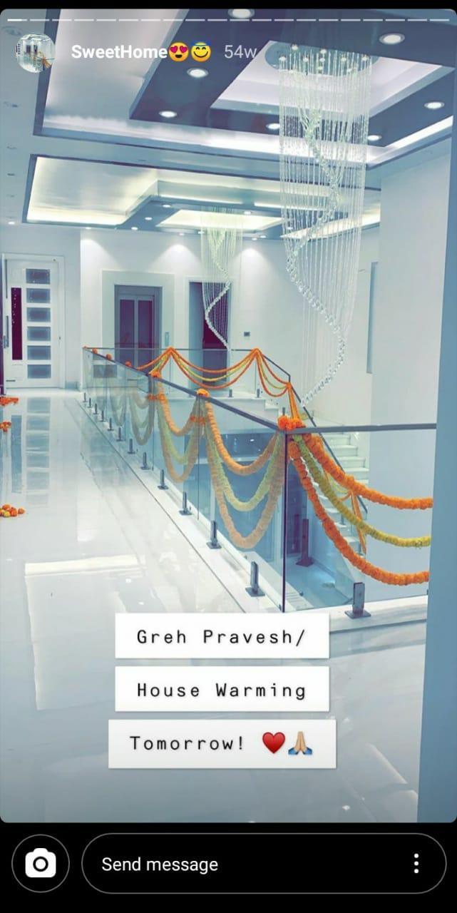 Inside Neha Kakkar's New Stylish Home 14