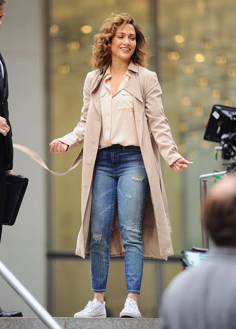 Jennifer Lopez and her out of the world fashion quotient 4