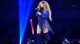 Jennifer Lopez's all live concert looks