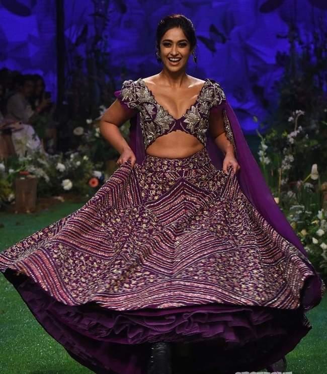 Lakme Fashion Week 2020: Ileana D'cruz looks super hot in her gorgeous lehenga 2