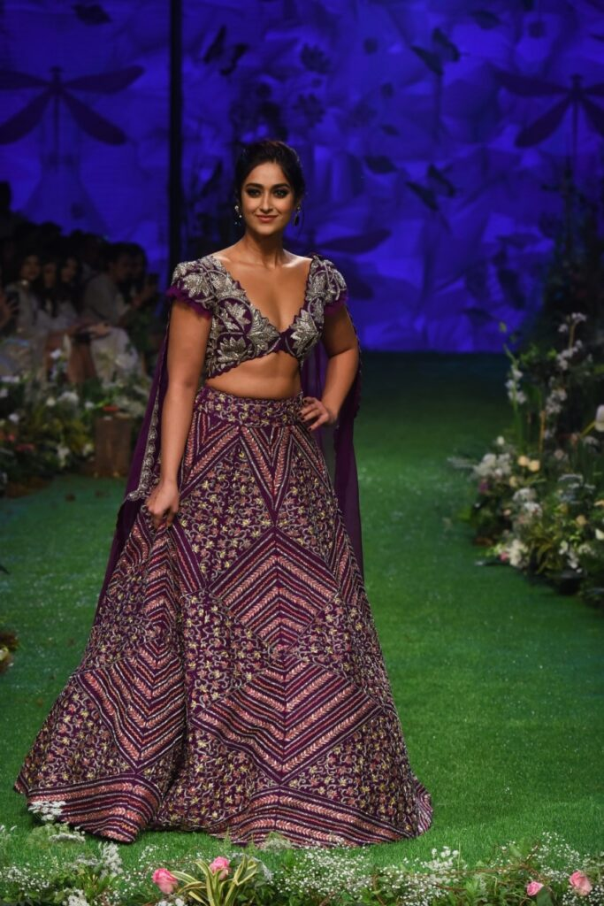 Lakme Fashion Week 2020: Ileana D'cruz looks super hot in her gorgeous lehenga