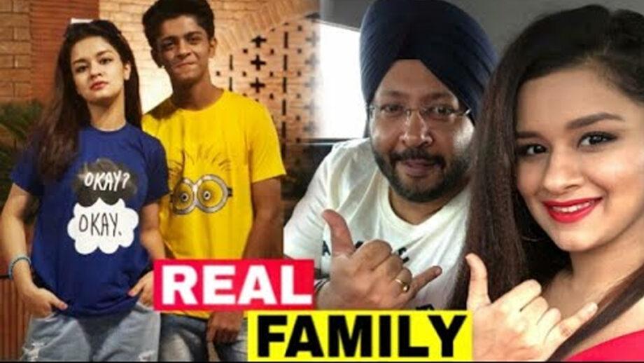 Meet The Real Family Of Avneet Kaur! 3