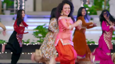 Neha Kakkar's Punjabi songs that will make you groove on its peppy beat 1