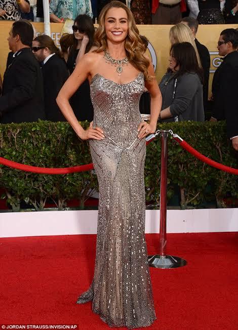 Sofia Vergara's beauty look and inimitable sense of style 6