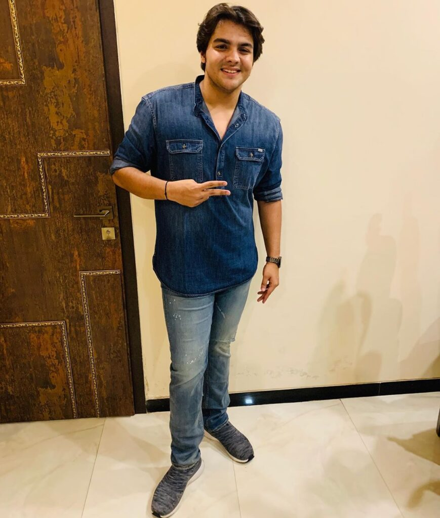 Style Tips All Men Can Borrow From Youtuber Ashish Chanchlani 2