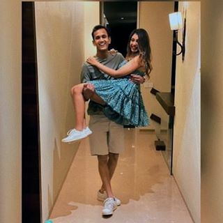 Who Is Parikshit Bawa? Unknown Facts About Niti Taylor's Fiance 1