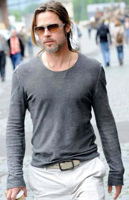 10 Brad Pitt's Casual Outfits To Keep Your Style On Point