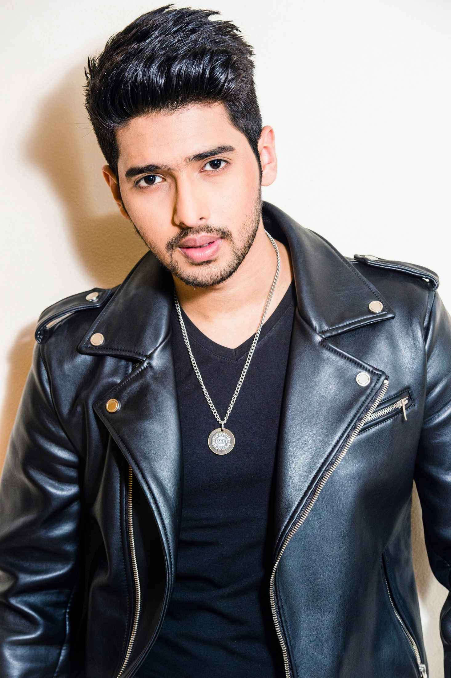 Armaan Malik's Style File: His Best Outfits Till Date 3