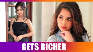 OMG!! TikTok star Jannat Zubair gets RICHER