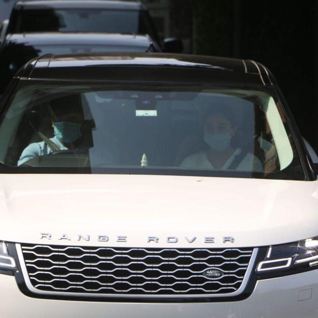 In Photos: Alia Bhatt, Kareena Kapoor Khan, Abhishek Bachchan and Saif Ali Khan leave for Rishi Kapoor's funeral 2