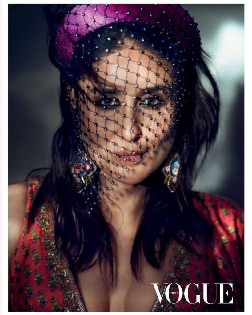 Kareena Kapoor Khan Drops Sexy Photos From New Cover Of Vogue India Shoot  Iwmbuzz-3235