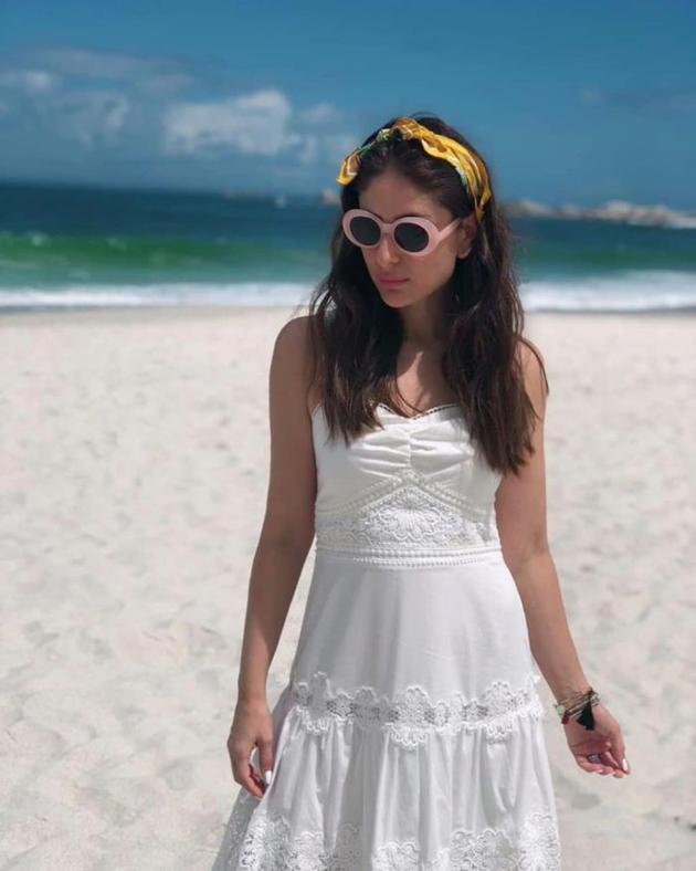 Anushka Sharma, Kareena Kapoor, Janhvi Kapoor, And Priyanka Chopra's Throwback Pictures Remind Us Of A Perfect Summer Vacay! 5
