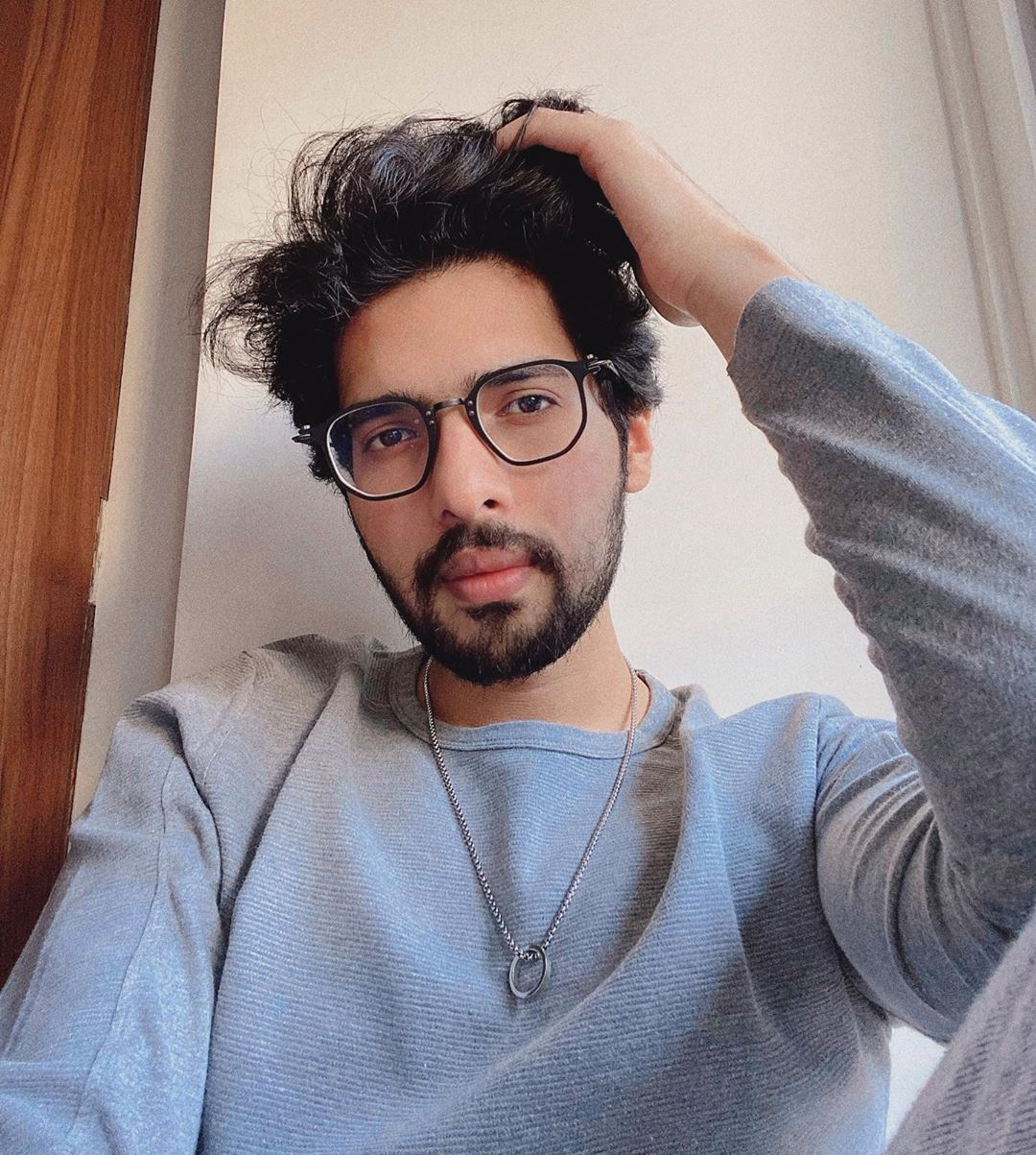 Armaan Malik's Dapper Stylish Looks  Outfits That You Must Check Out 2