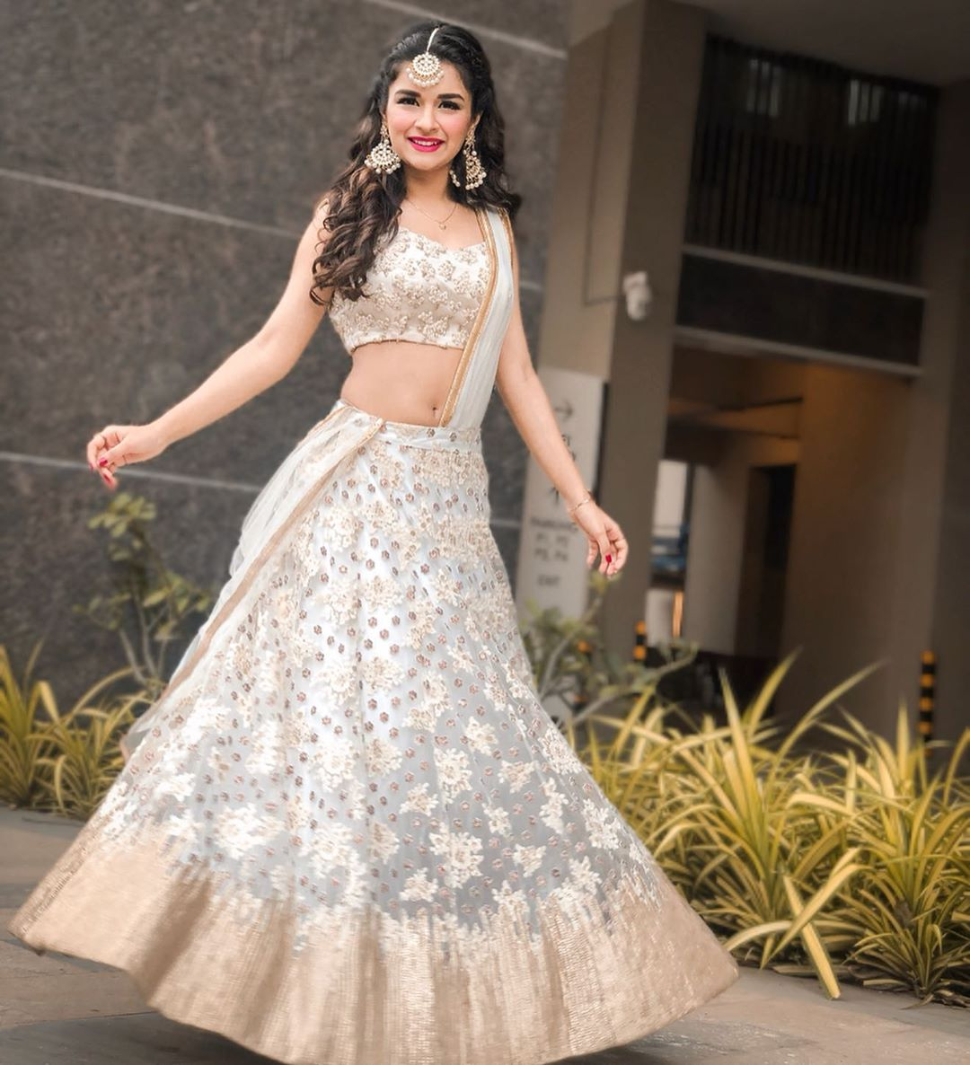 Avneet Kaur VS Ashnoor Kaur VS Nithya Menon VS Mithila Palkar: Whose Lehenga Look Is Perfect For Lockdown Wedding? 4