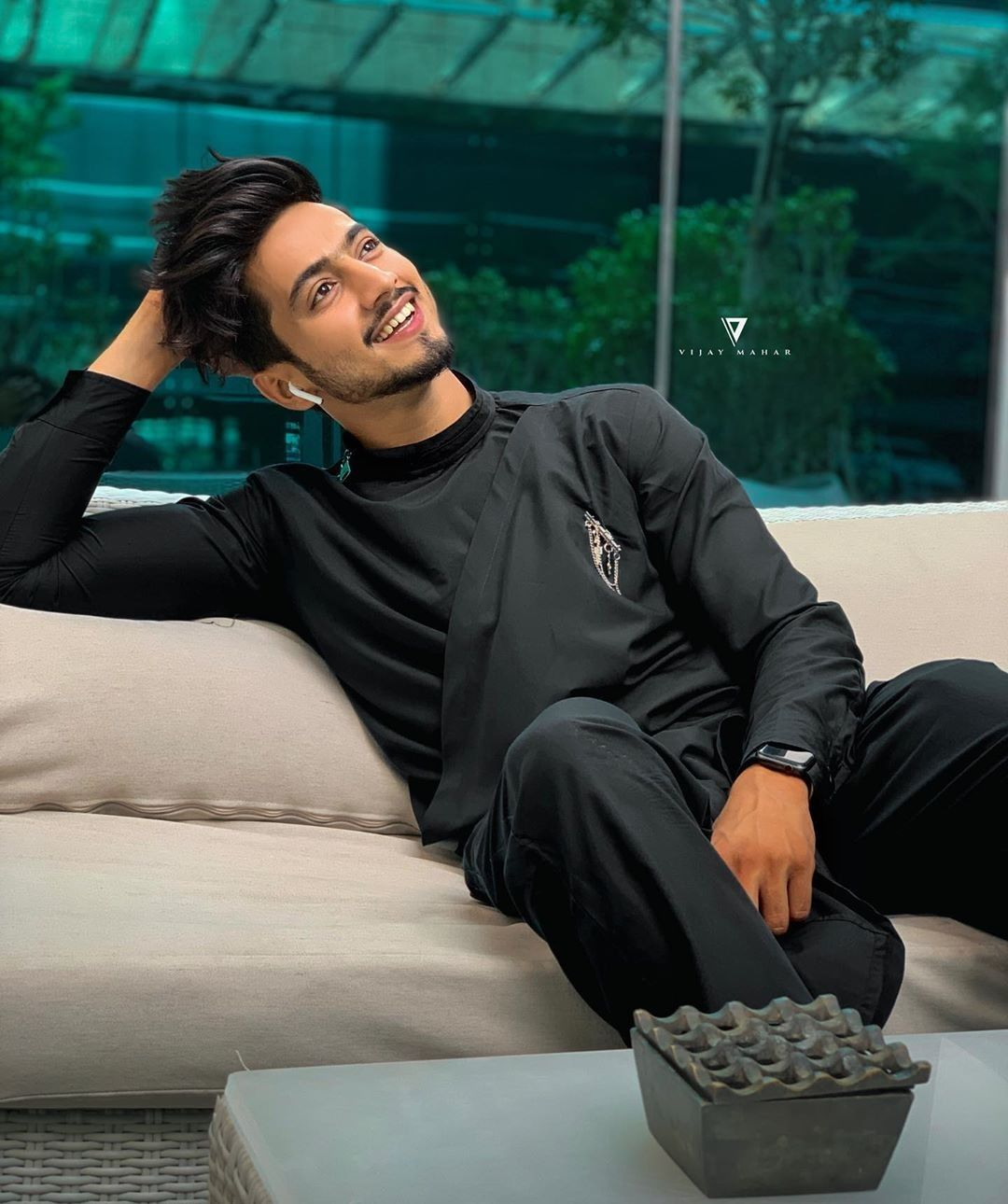 Faisu's Dapper Stylish Looks in Black Outfits That You Must Check Out 4