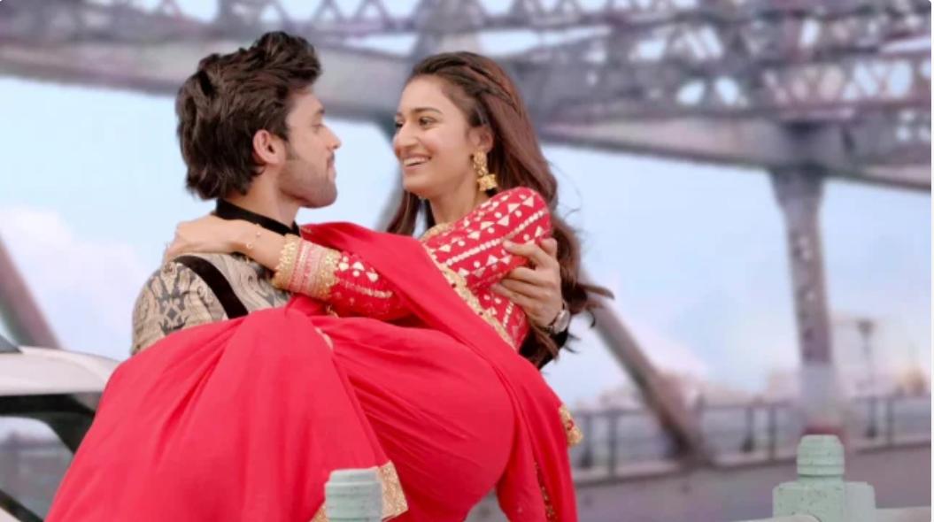 Kasautii Zindagii Kay's Anurag And Prerna's Love Story, In Pics 2