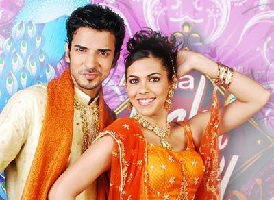 Real-Life Family And Partners Of Zee TV Show Kundali Bhagya Actors! 2