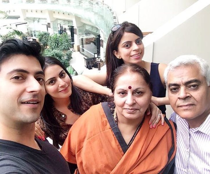 Real-Life Family And Partners Of Zee TV Show Kundali Bhagya Actors!