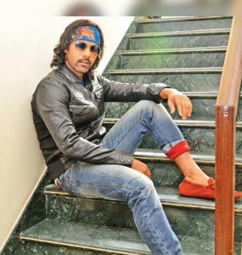 Shabir Ahluwalia Vs Dheeraj Dhoopar Vs Nishant Malkani Vs Sehban Azim: Whose Denim Look You Love The Most?