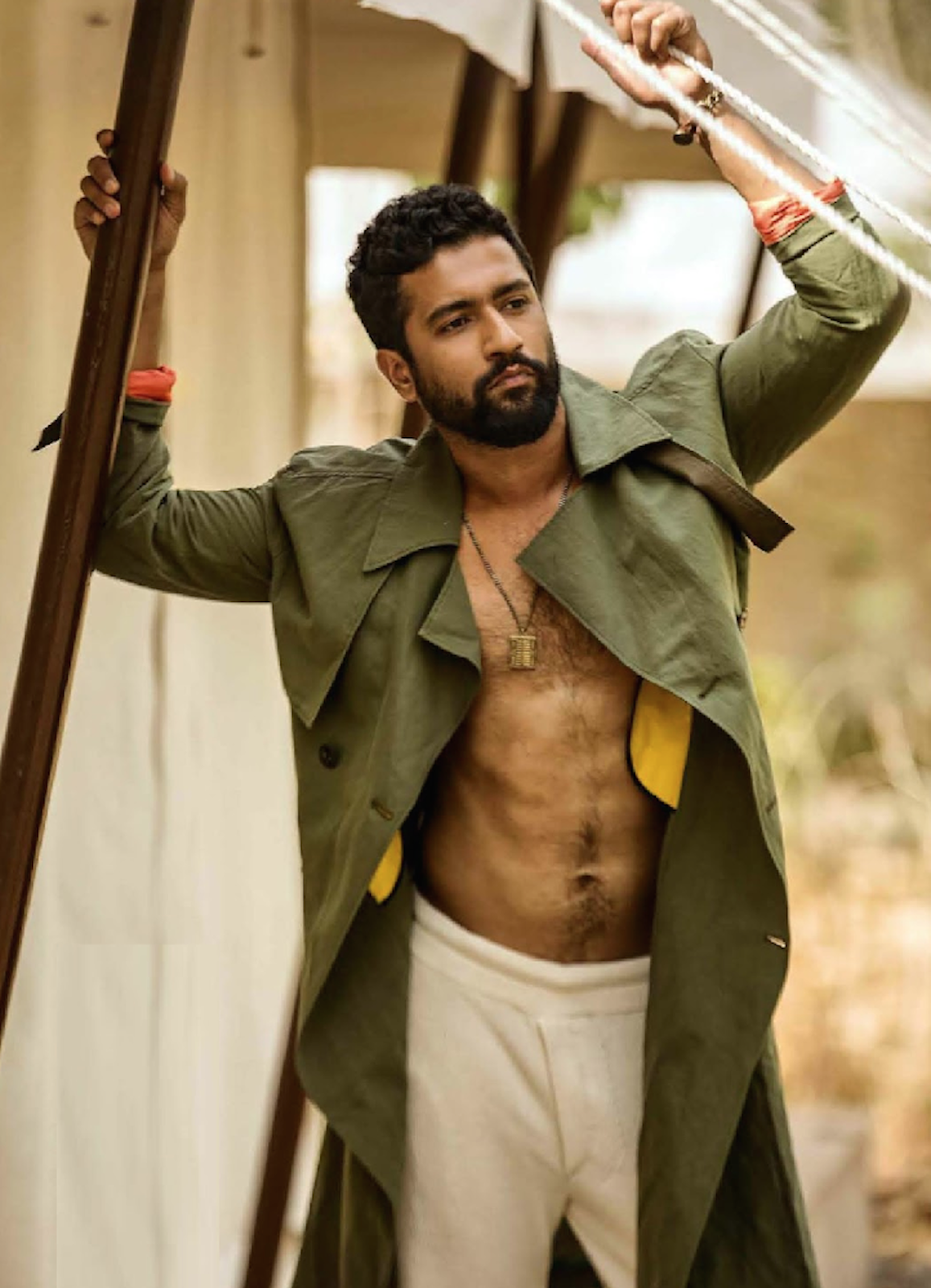 Top 10 Hot And Sexy Looks Of Vicky Kaushal 1