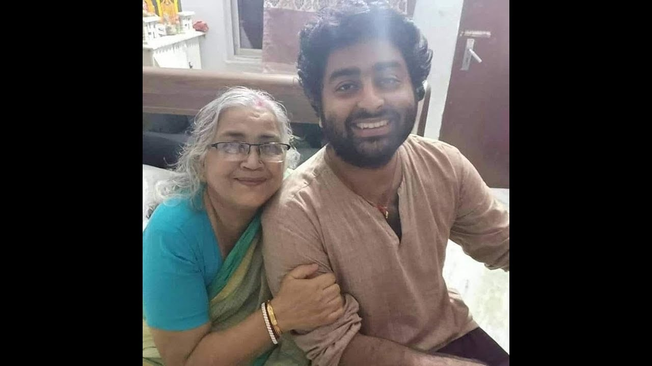 Check Now: Unseen Pictures Of Arijit Singh 4