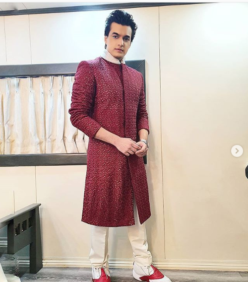 Check Out! Mohsin Khan's Instagram For Ethnic Outfit Inspiration! 2