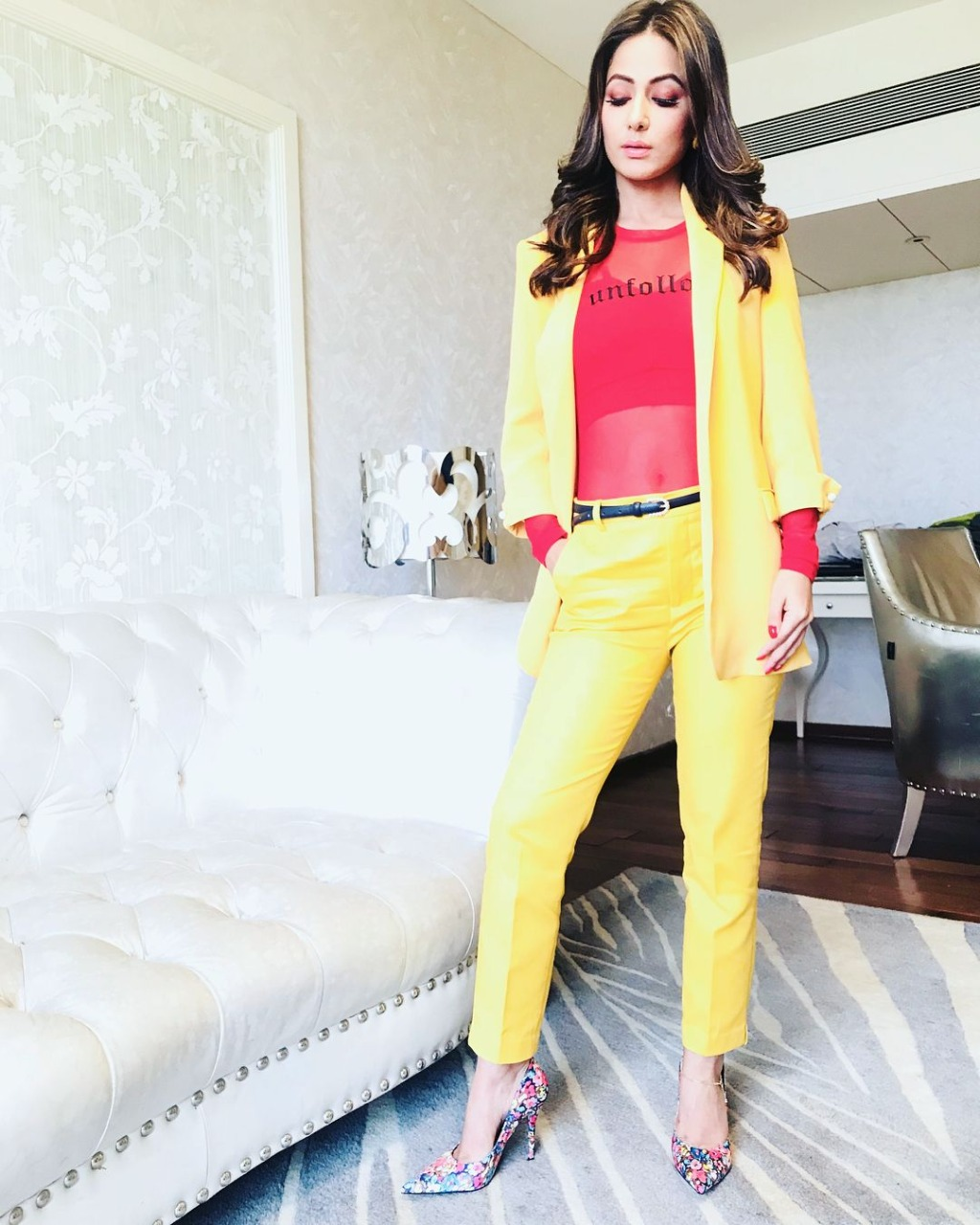 Hina Khan, Niti Taylor, Surbhi Chandna: Who Wore Cropped Pants Better? 1