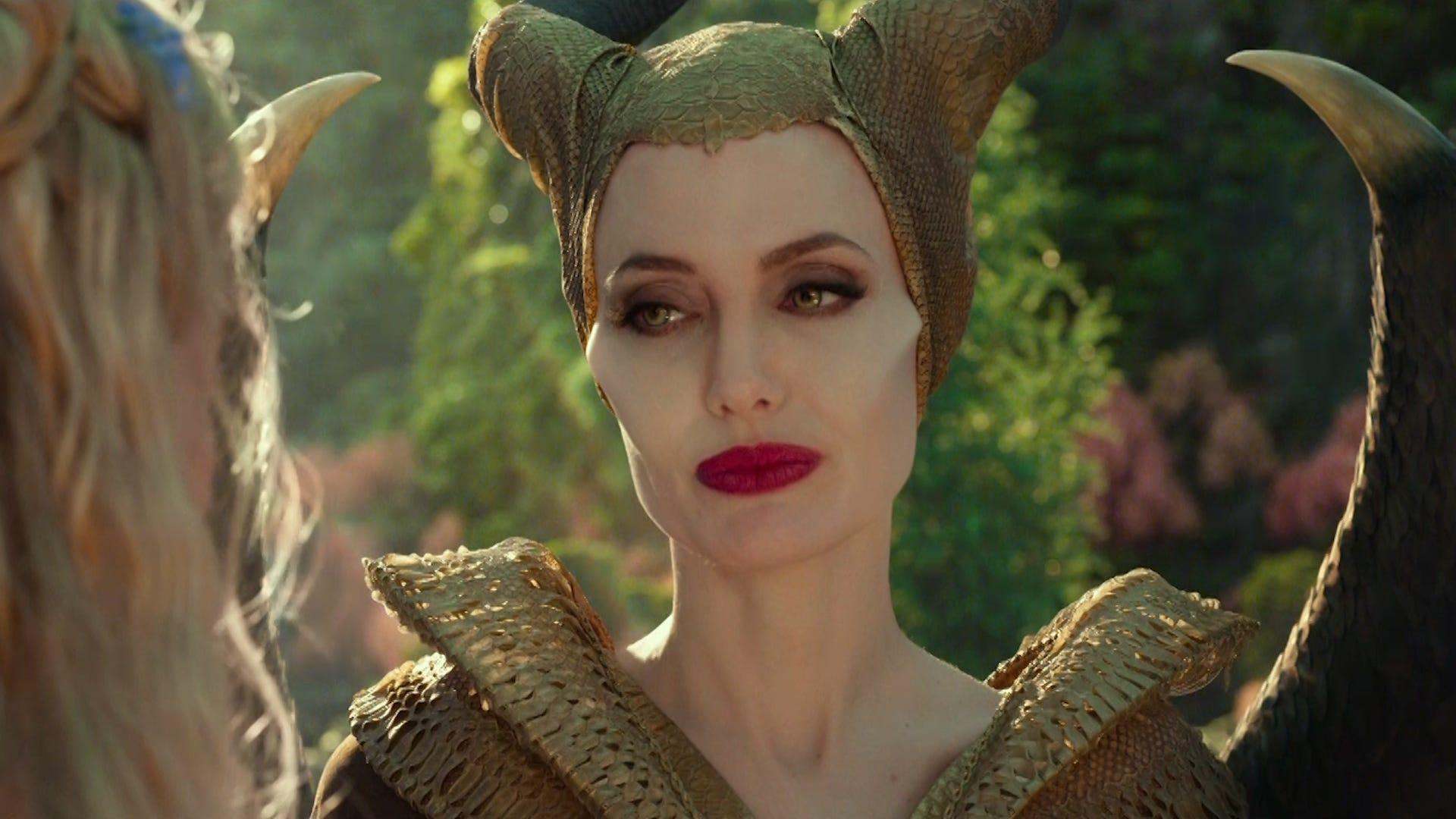 5 Hit Roles Of Angelina Jolie 4