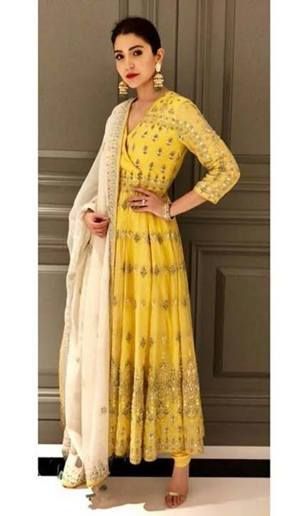 Anushka Sharma, Janhvi Kapoor, Kiara Advani In Anita Dongre Salwar Suit: Who Looks Gorgeous?