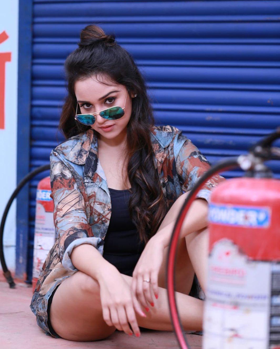 Ashnoor Kaur, Ashi Singh, Sameeksha Sud: Try These Hairstyles During Lockdown 1