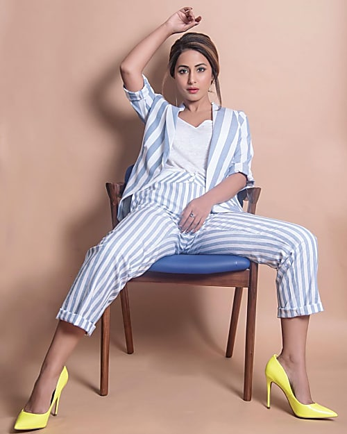 Casual Style: Hina Khan, Erica Fernandes And Niti Taylor's Cute And Comfy Pajamas 1