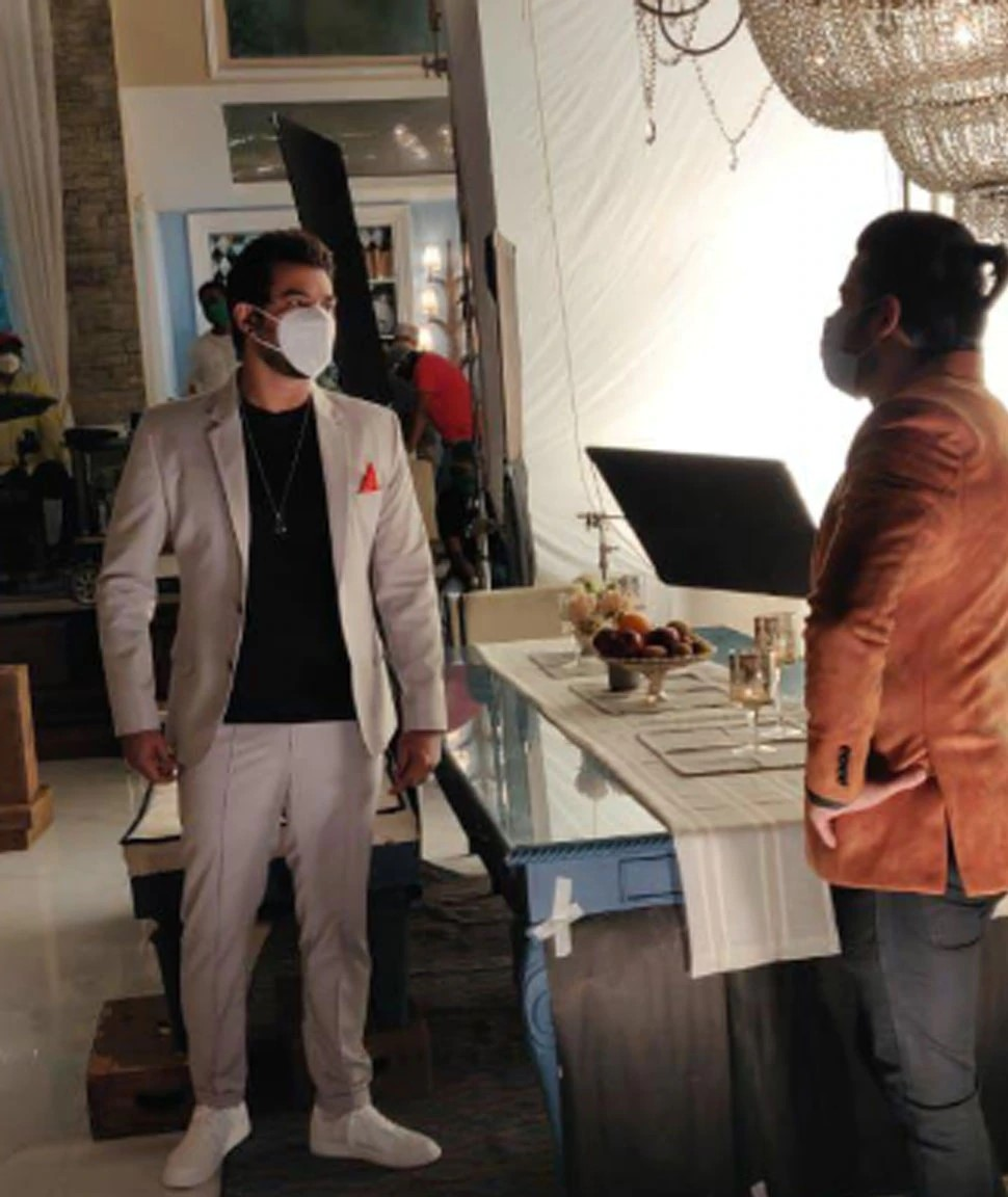 Check Out! Latest Photos From The Set Of Kumkum Bhagya 5