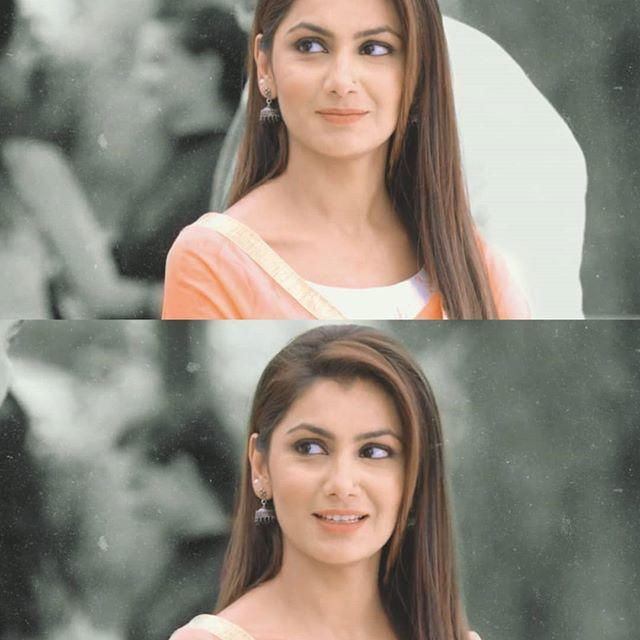 Kumkum Bhagya Actress Sriti Jha Loves Posing And These Pics Are Proof! 1