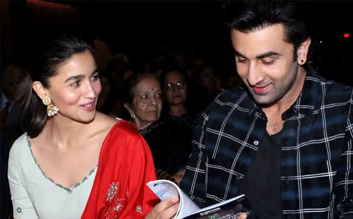 These romantic pictures of Ranbir Kapoor and Alia Bhatt will make you go wow 1