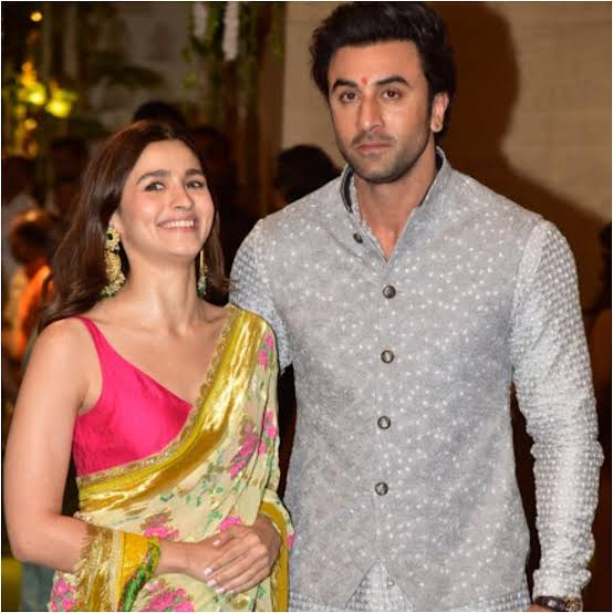These romantic pictures of Ranbir Kapoor and Alia Bhatt will make you go wow 2