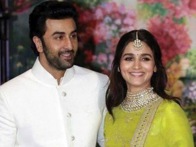 These romantic pictures of Ranbir Kapoor and Alia Bhatt will make you go wow 3