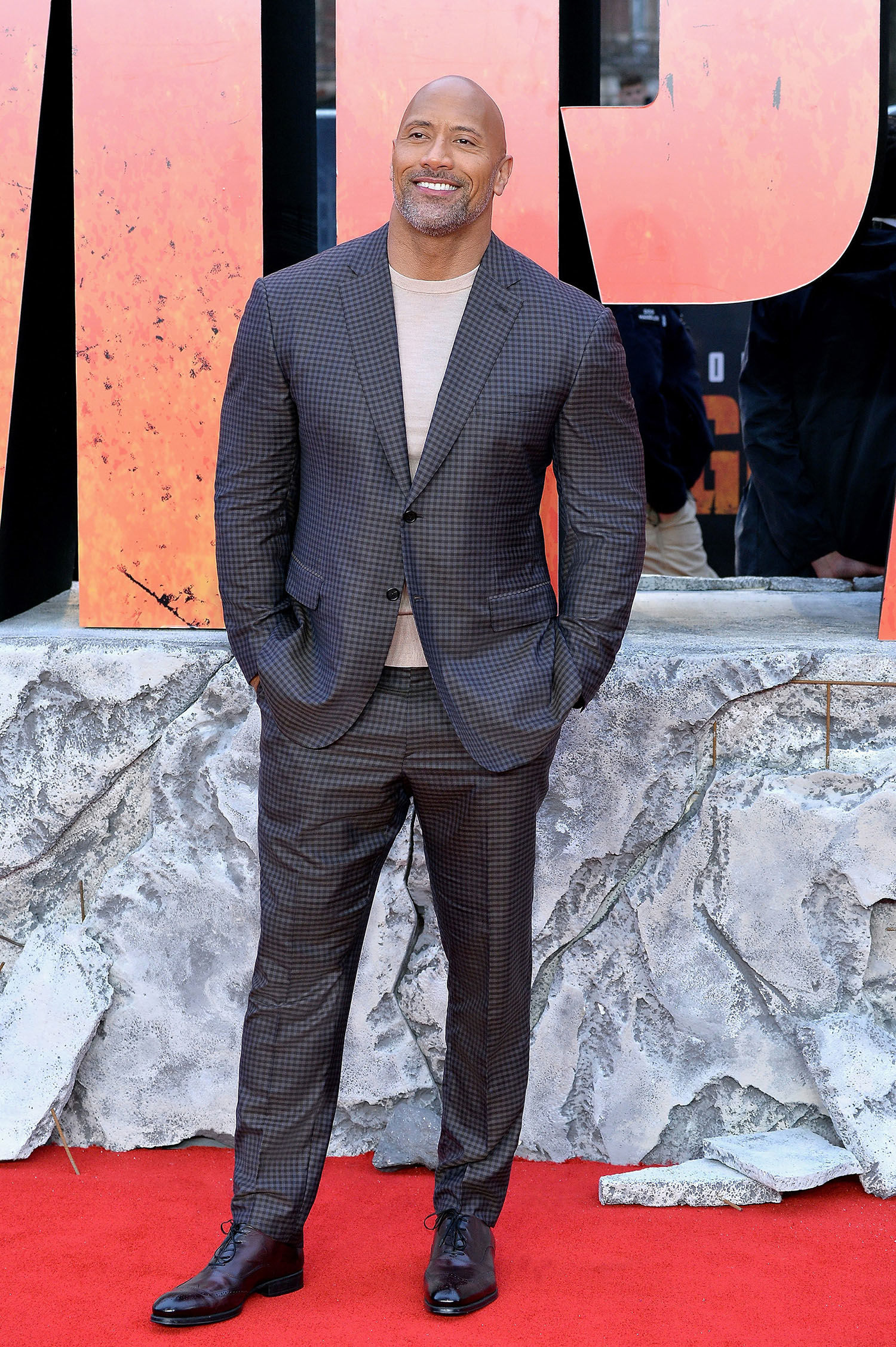 Dwayne Johnson's Suit Looks That Define His Amazing Body Image and High Fashion Quotient! 2