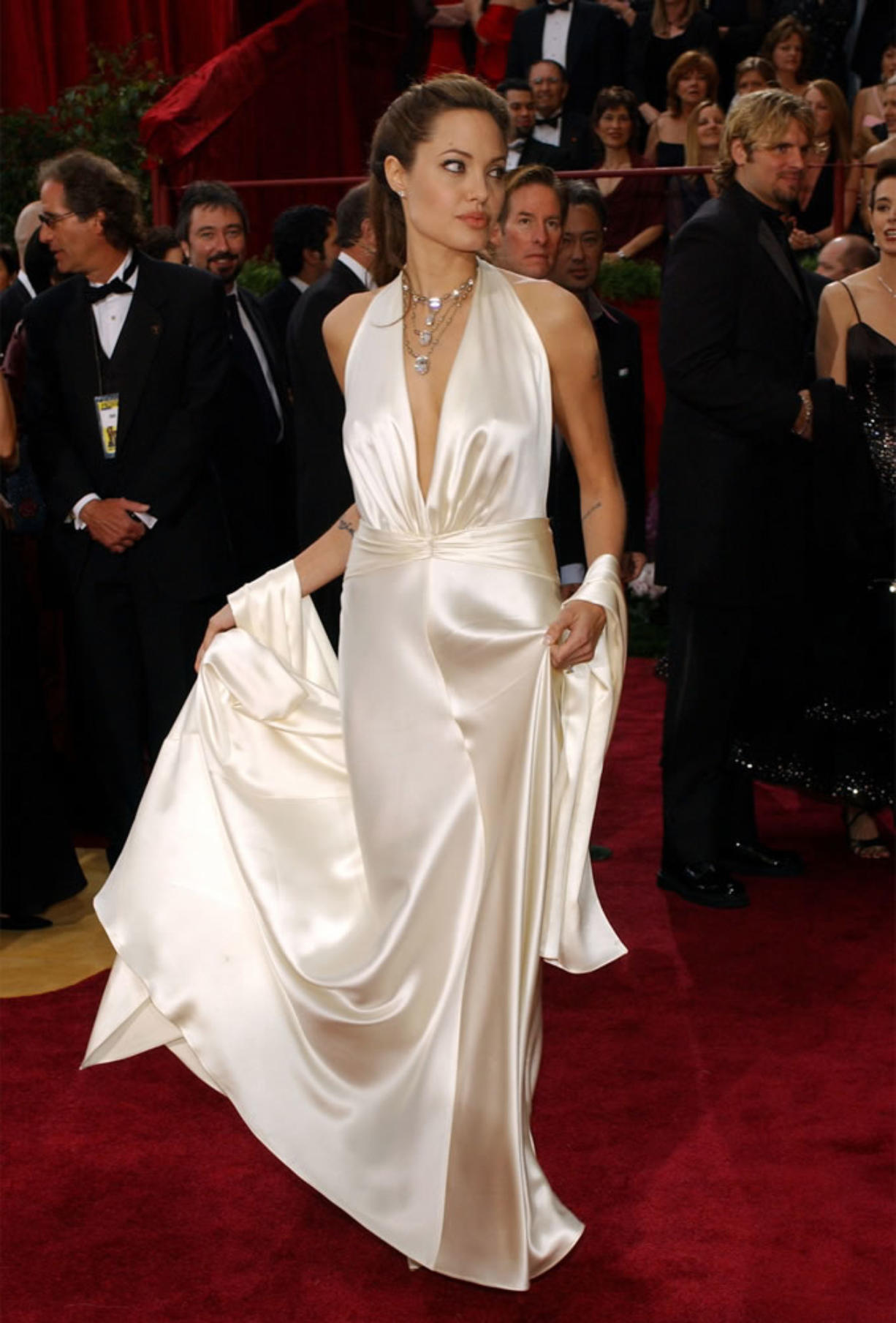 From Florals To Stripes: Angelina Jolie Redefines Every Design To Perfection