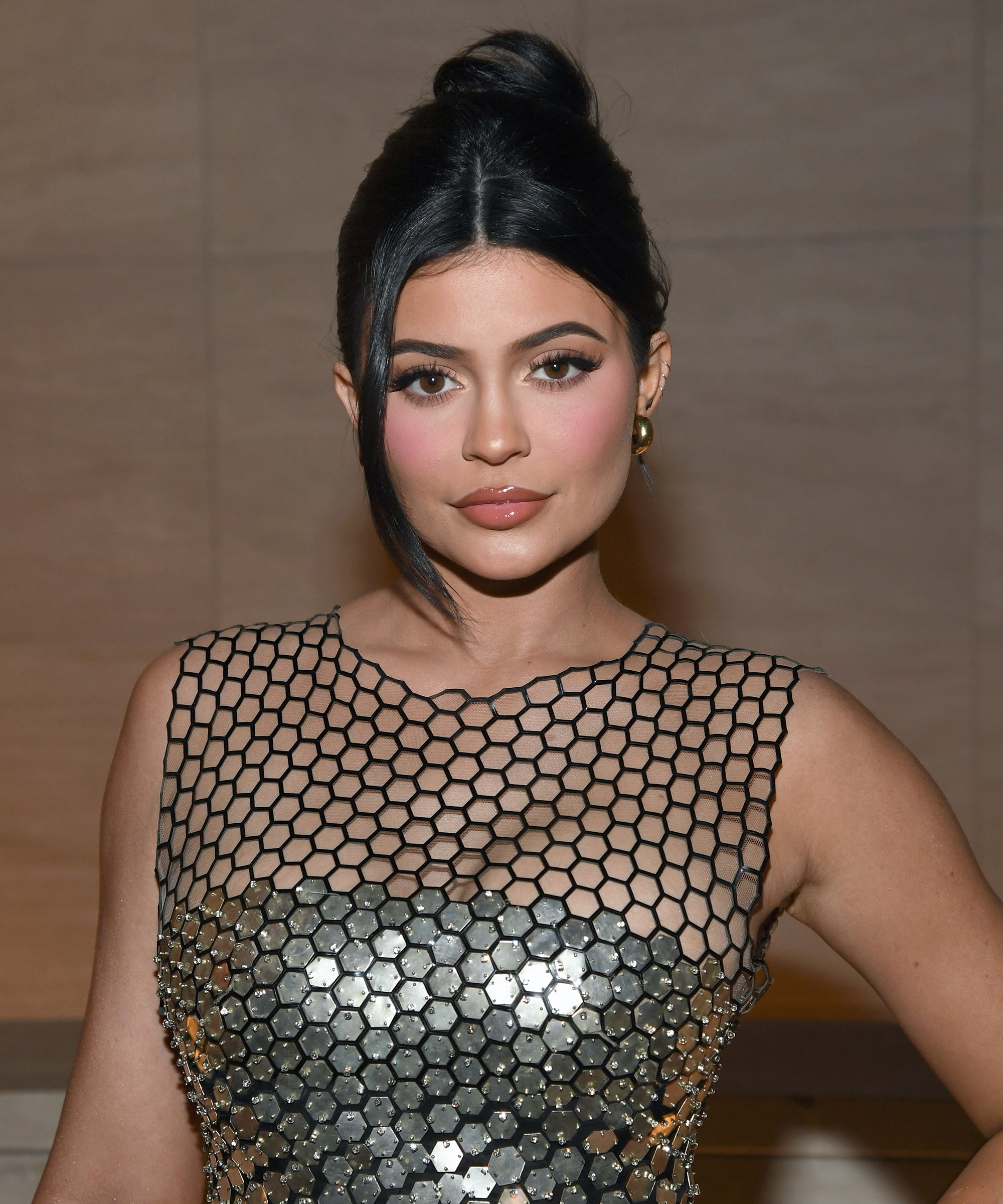 Kylie Jenner's Style: 5 Gorgeous Hairstyles For All The Brides-To-Be 1