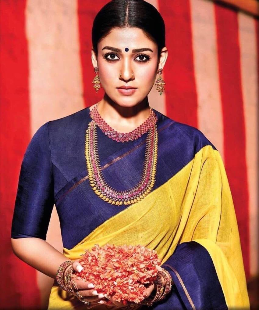 Maang Tika To Nose Ring: Nayanthara's Different Accessories Collection From Her Wardrobe 4
