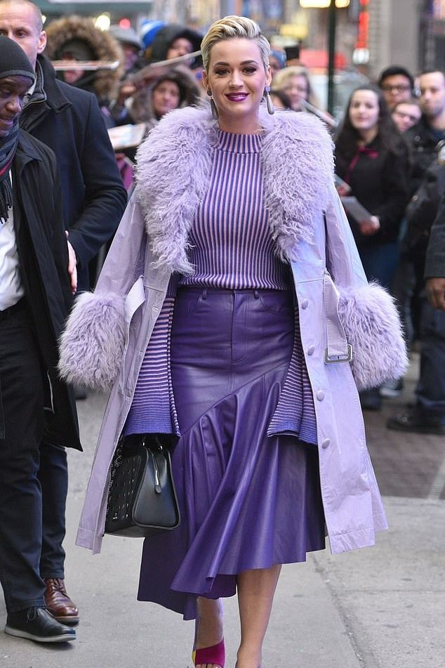 Monochromatic Looks: How To Style A Monochrome Outfit Like Katy Perry 1