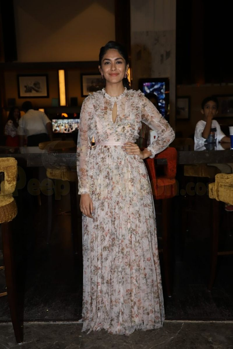 Mrunal Thakur's Floral Outfit Collection Is An Inspiration!! 3