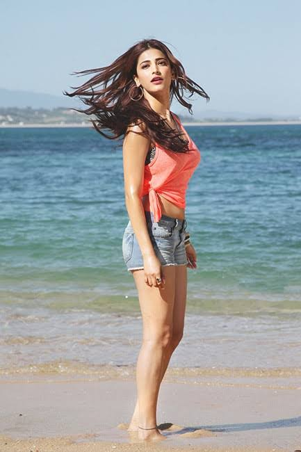 Nayanthara To Shruti Haasan: Check Out Celebrity Holiday Styles Which All Fans Will Simply Love