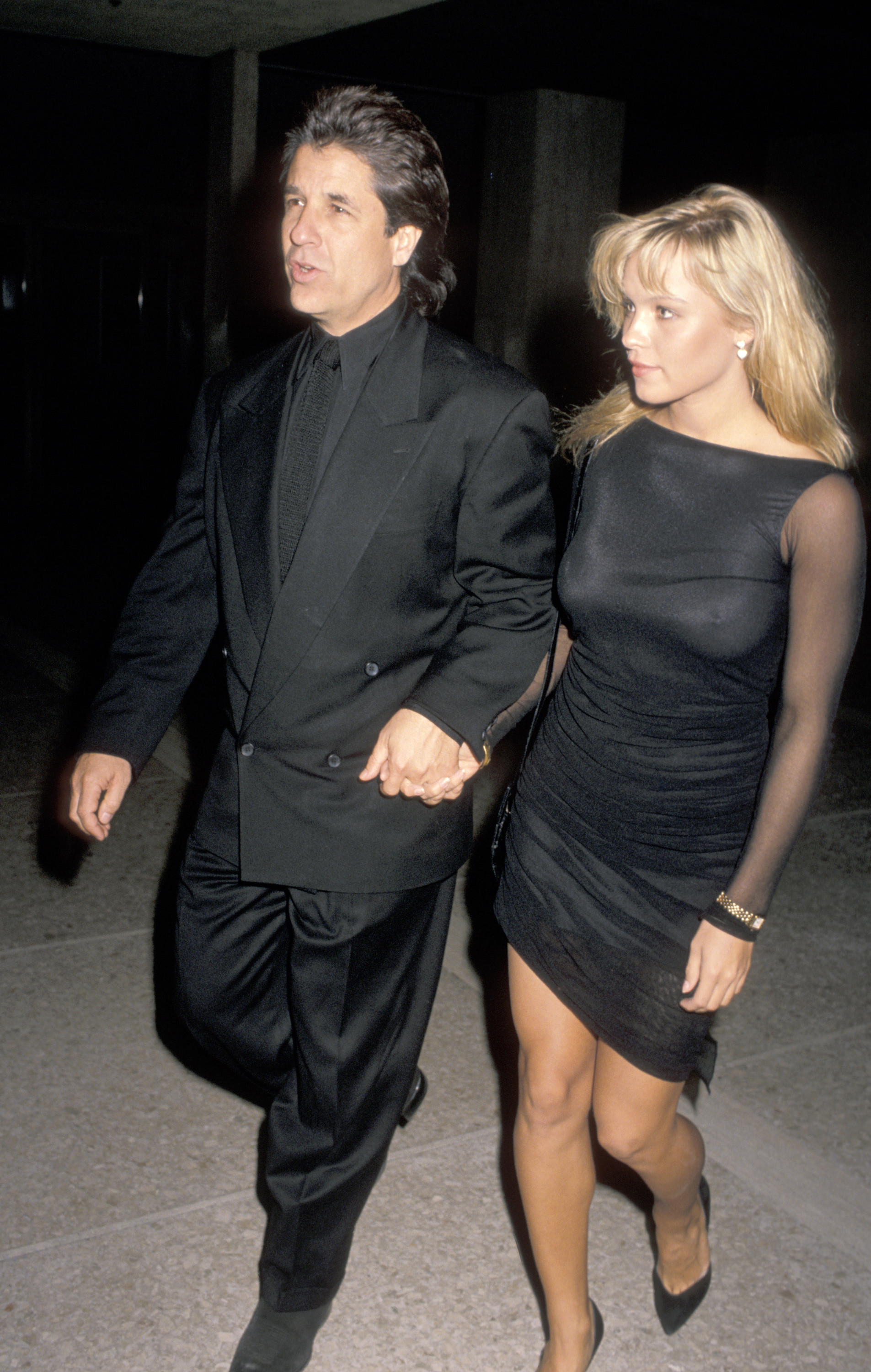 Pamela Anderson's Affairs With PHOTOS: Know Whom She Has Dated Before 1
